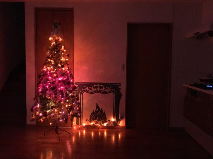 ライトアップされたアルザスのクリスマスツリー